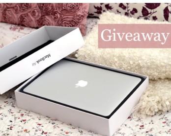 Macbook Air, an iPad mini and a $100 Starbucks Gift Card_GIveaway