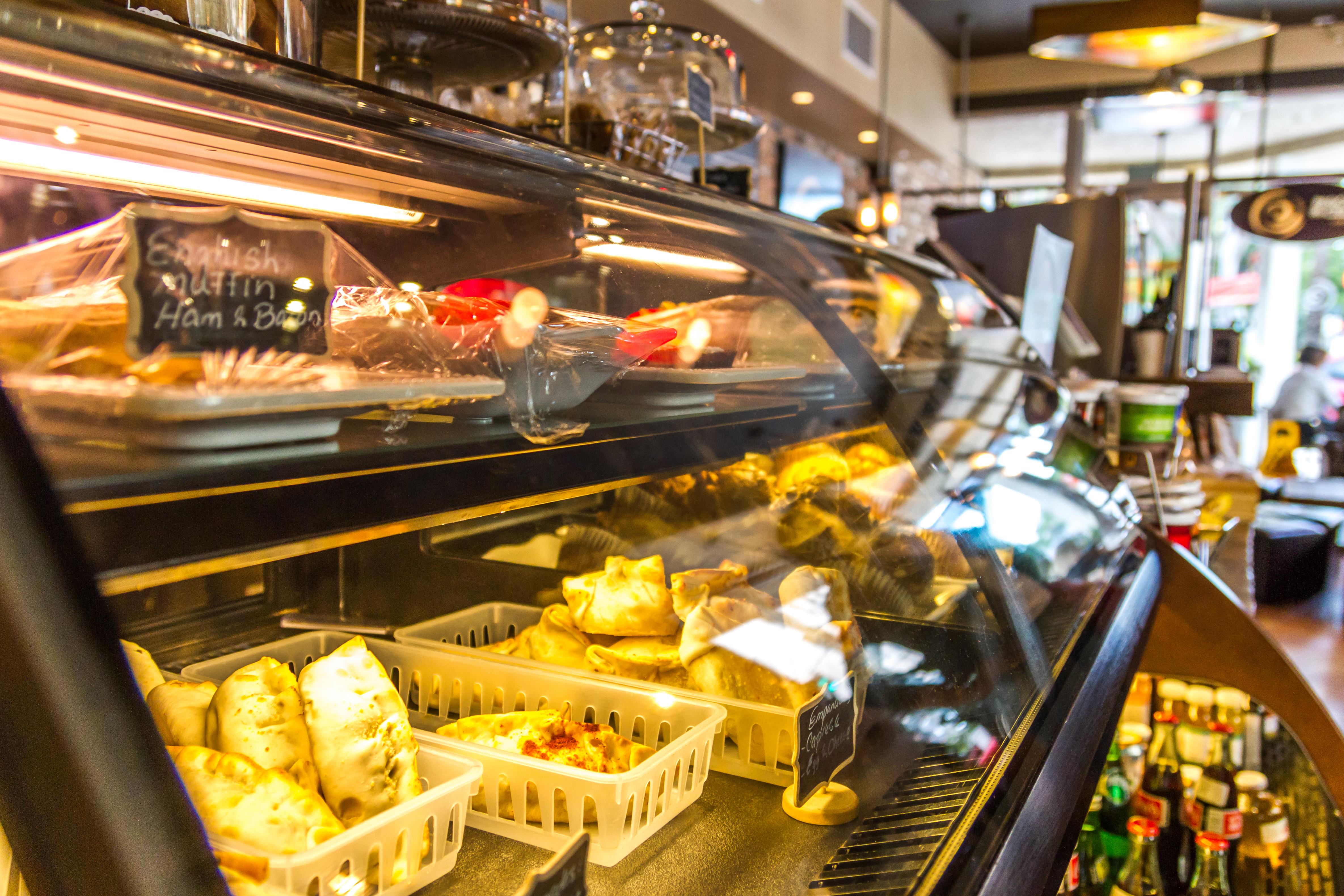 Pasion_Del_Cielo_Miami_Coffee_Shop_empanadas