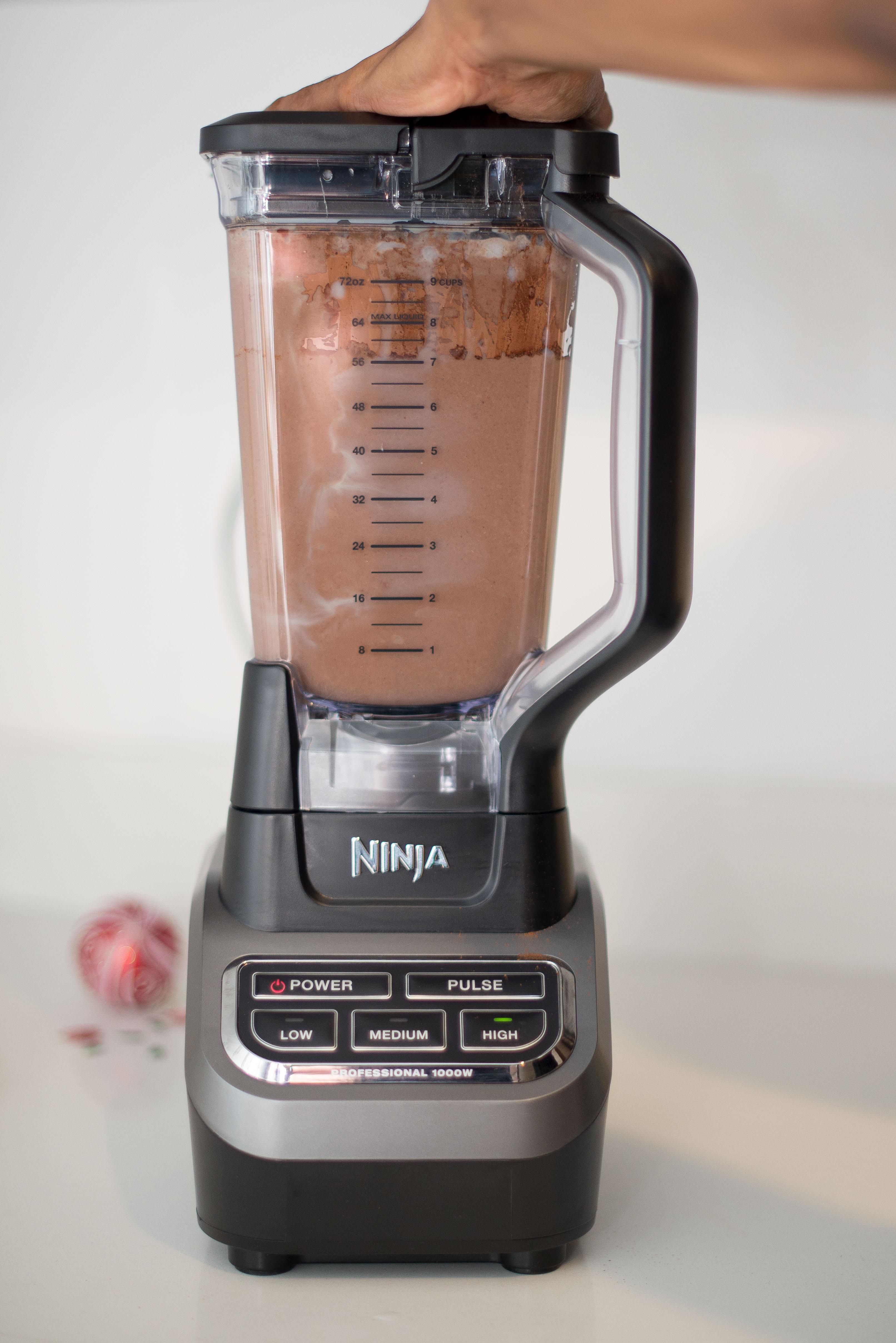 Chocolate_Coqutio_Recipe_Puerto_Rican_Egg_Nog_blender_1